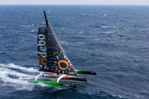 4 Jours 11 Heures 10 Minutes 23 Secondes : THOMAS COVILLE Bat le record de l'Atlantique Nord en solitaire