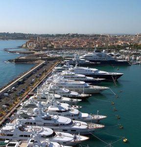 Super Yachting : le Port Vauban commercialise la plus grande place d'Europe