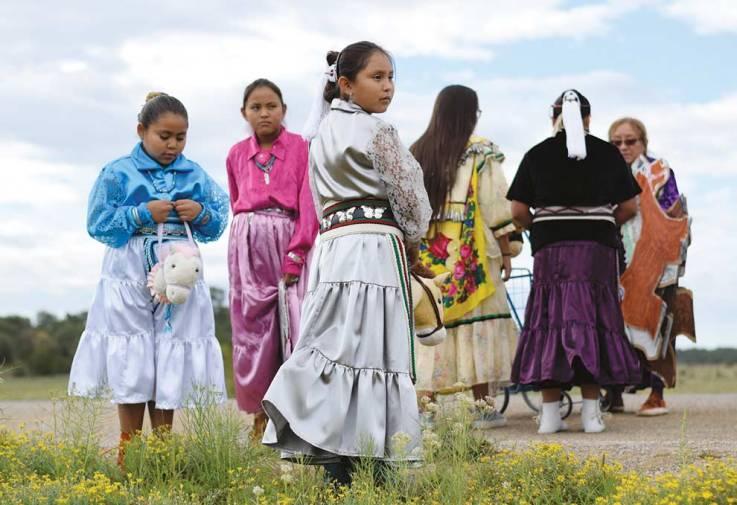 Navajo Times | Ravonelle Yazzie Pine Hill Elementary School students wait in the parade lineup on Saturday morning during the Ramah Navajo Fair and Rodeo.