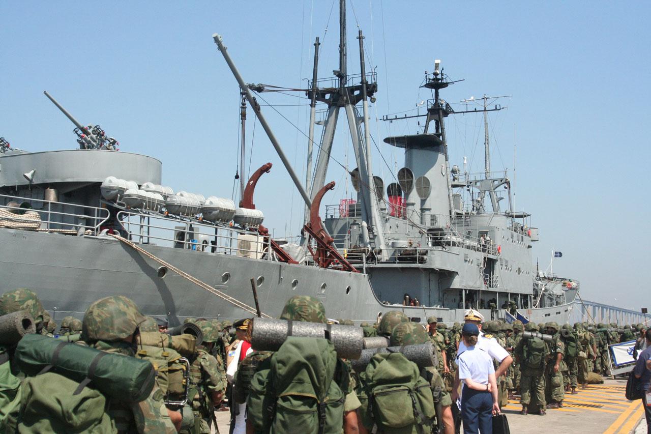 https://i1.wp.com/www.naval.com.br/blog/wp-content/uploads/2008/09/opatlantico2.jpg