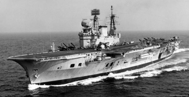 [Imagen: R05-HMS-Eagle-008-1.jpg?resize=640%2C331]