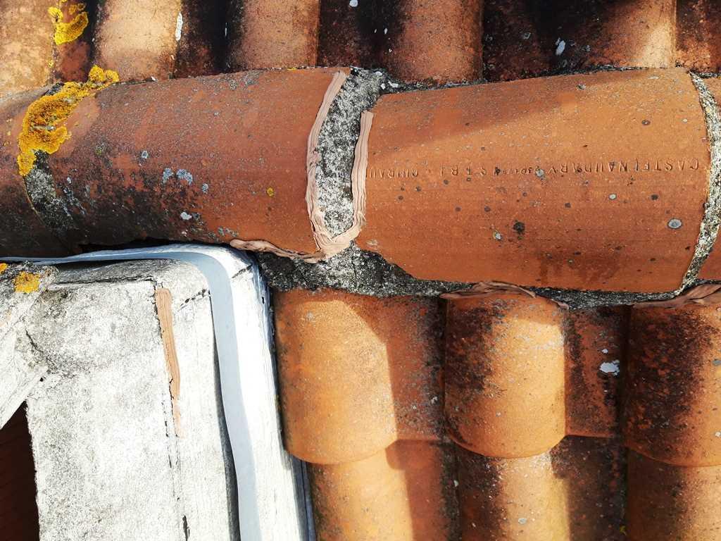 Réparation De Tuiles Fissurées