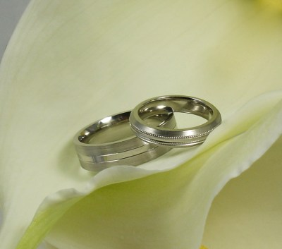 His and Hers pattered Pladium Wedding rings