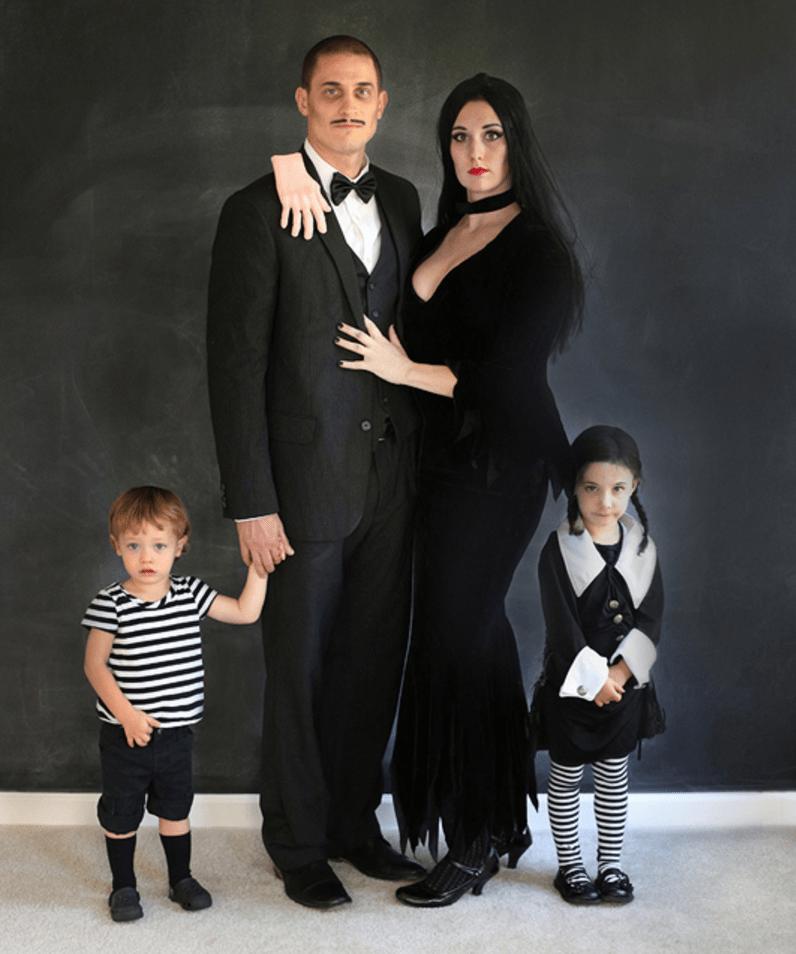 Morticia Halloween Costume