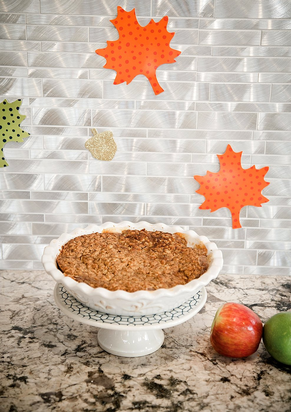 Easy Thanksgiving Apple Crumble