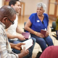 How To Study The Bible | The Navigators Evangelism Resources | People Attending Bible Study Or Book Group Meeting In Community Center
