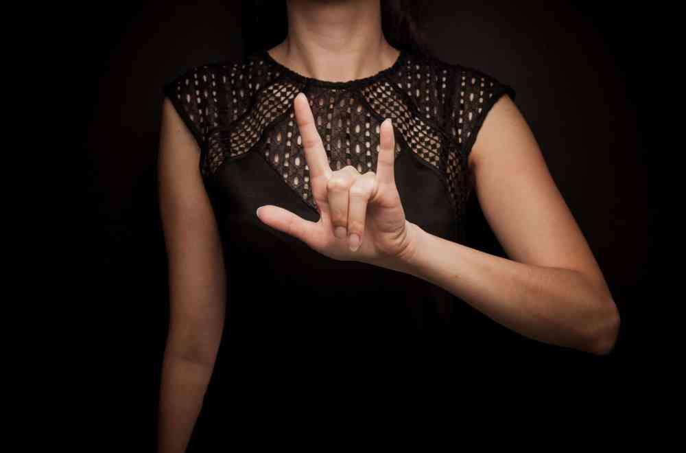 Signs of Life ASL Interpreter Comes to Christ Navigators Collegiate Ministry The Navigators UNF