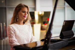 Pianist artist musician piano