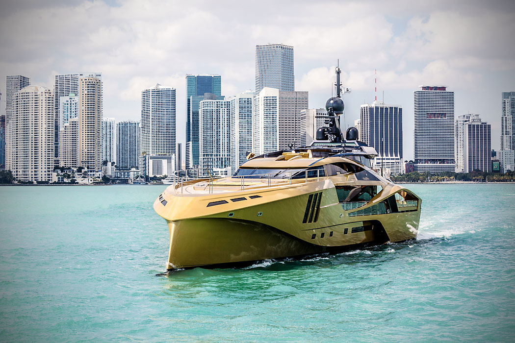Striking Gold Palmer Johnsons SuperSport Khalilah NAVIS