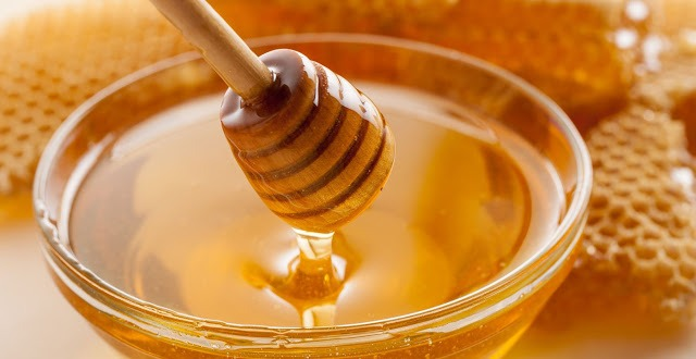 Why is Raw Honey? & What is the Nutrition of Raw Honey?