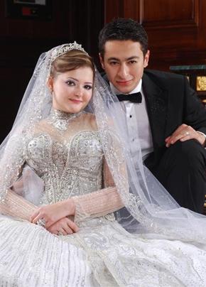 فساتين زفاف الفنانات بلمسة هاني البحيري نواعم
