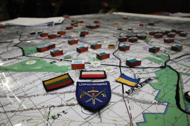 Polska Litwa i Ukraina biorą udział w manewrach wojskowych Trzy Miecze 2021