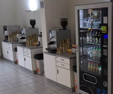 office coffee machines and vending machines in the workplace