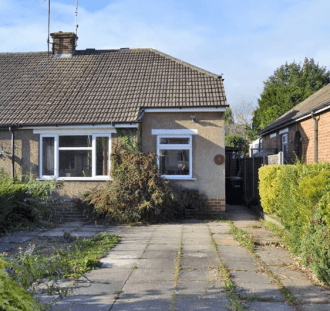 Two-bed bungalow in Market Harborough exterior