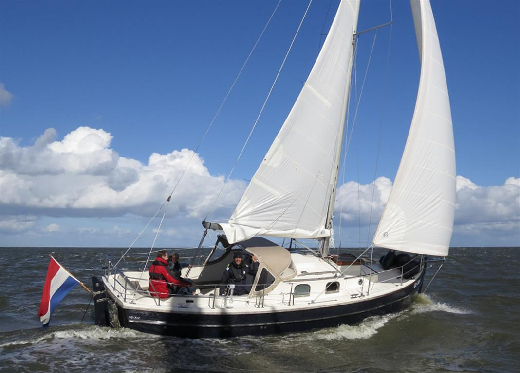 Sailing Yachts NAZ Schepen