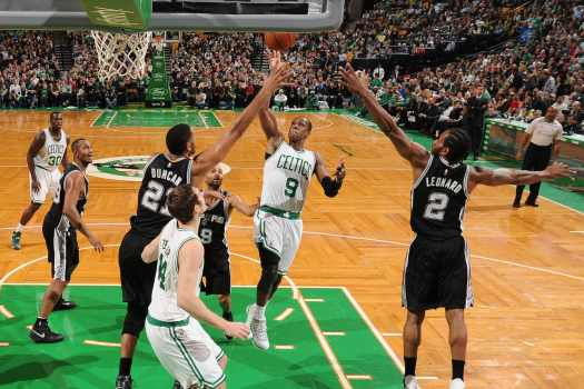 Photo Gallery: Spurs vs. Celtics - November 30, 2014 ...