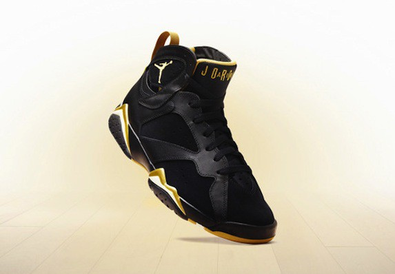 Jordan 7 Retro Golden Moments