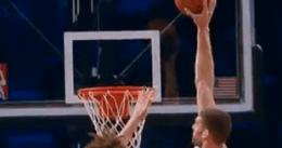 Brook López regresa a una cancha de baloncesto anotando 20 puntos