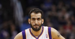 Hamed Haddadi se reúne con los New York Knicks