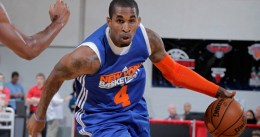 Chris Smith podría quedarse en los Knicks por ser el hermano de J.R.