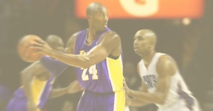 Kobe Bryant lleva a los Lakers al triunfo en Charlotte