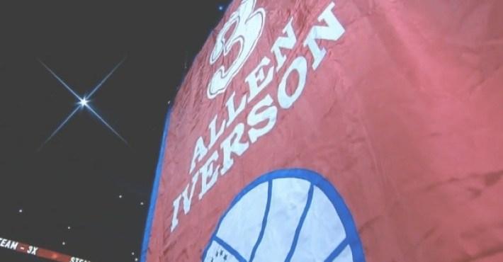 Los Philadephia 76ers retiran la camiseta a Allen Iverson