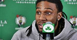 Boston extiende la 'qualifying offer' a Jae Crowder