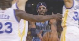 Memphis iguala la eliminatoria ganando en Oakland
