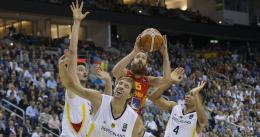 España se impone a Alemania en un final agónico
