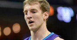 Los Hornets tensan la cuerda con Cody Zeller