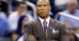 Byron Scott podría seguir en los Lakers