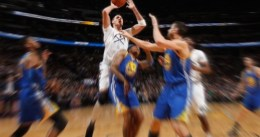 Los Warriors caen en Denver