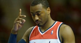 John Wall marca territorio en Washington