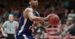 Utah Jazz, plantilla cerrada: cortan a Joel Bolomboy
