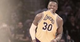 Soplo de aire fresco para los Lakers en Philadelphia