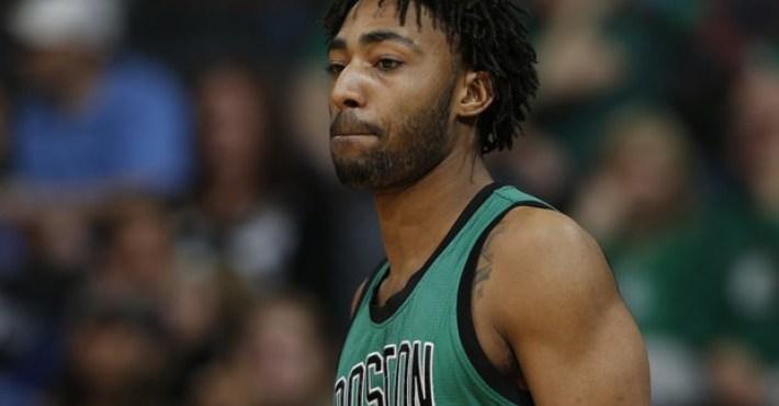 Los Sixers fichan al ex de los Celtics, James Young