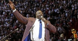 Miami supera a los Lakers en la noche de Shaquille O'Neal