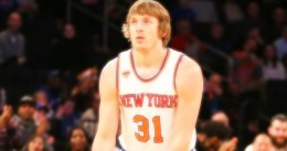New York: oferta cualificada a Ron Baker
