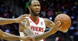 Chris Johnson se gana un hueco en Houston Rockets
