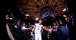New York gana a los Lakers con un Porzingis histórico