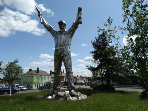and as promised the Miners statue that greets drivers into Brownhills. Reminding everyone of why the town was built here in the first place.