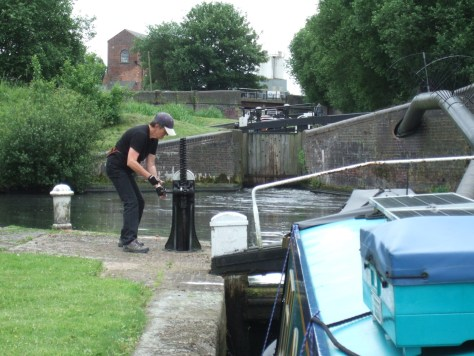 6 locks to ascend on the Oldbury flight; or otherwise known as The Crow