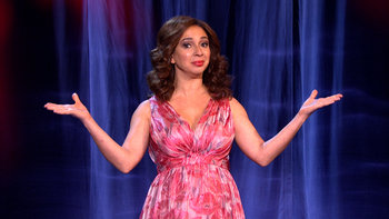 SNL alumnus Maya Rudolph reinvents the variety show format, with special guests Fred Armisen, Chris Parnell, Kristen Bell, Andy Samberg and more!