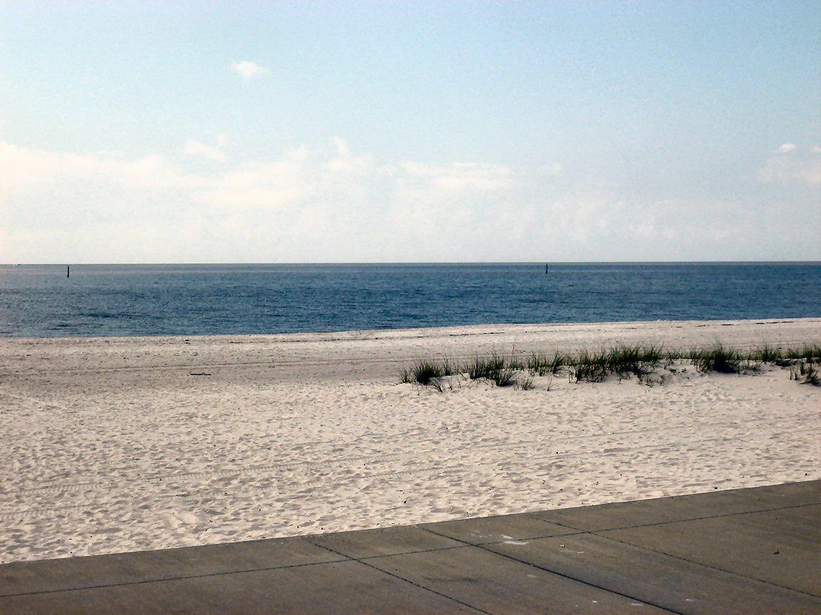 05_beach_110125