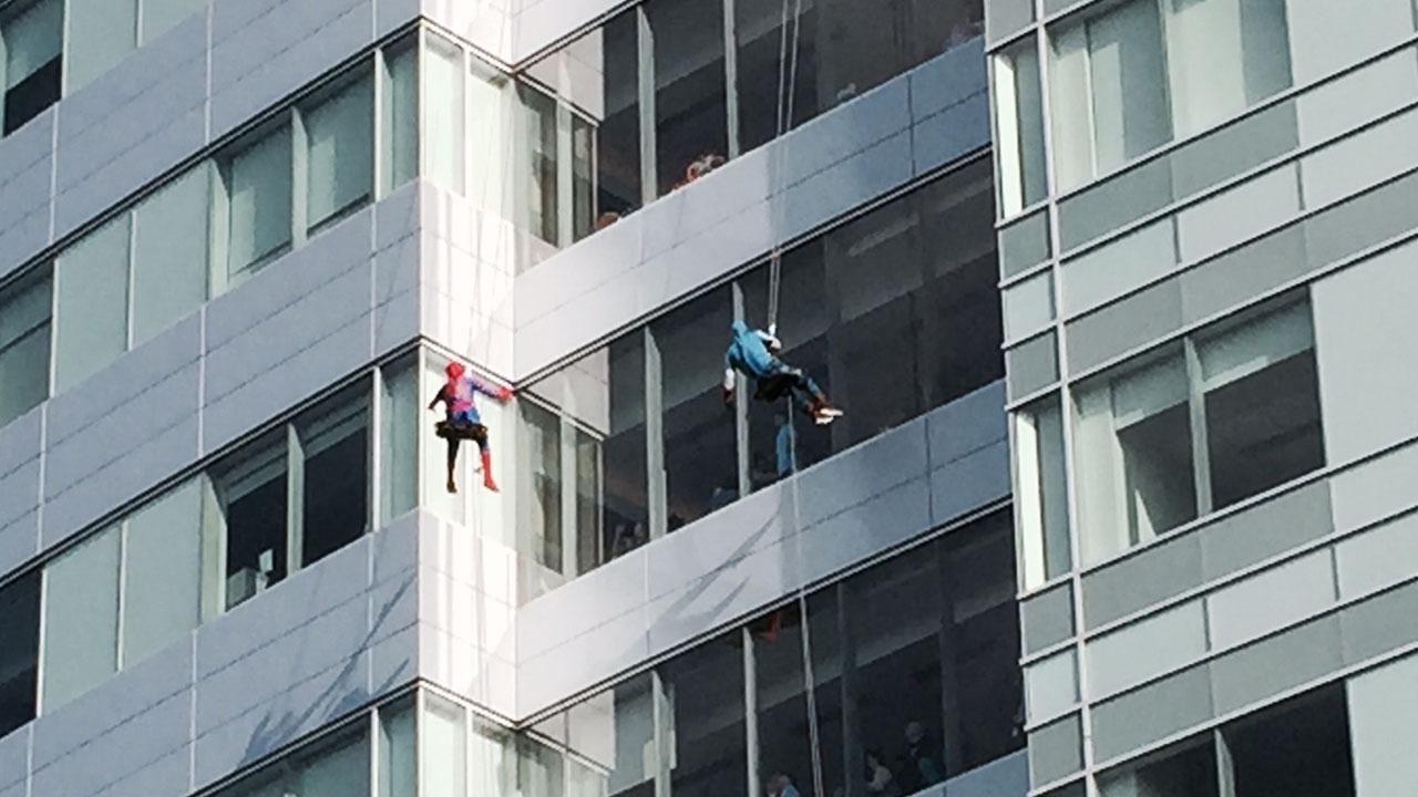 superhero-window-washers_200964