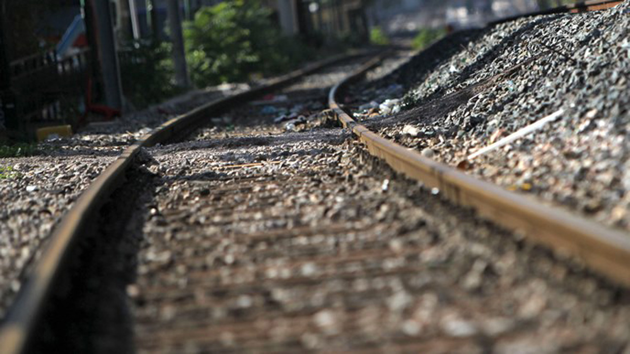 Texas woman struck by train during modeling shoot