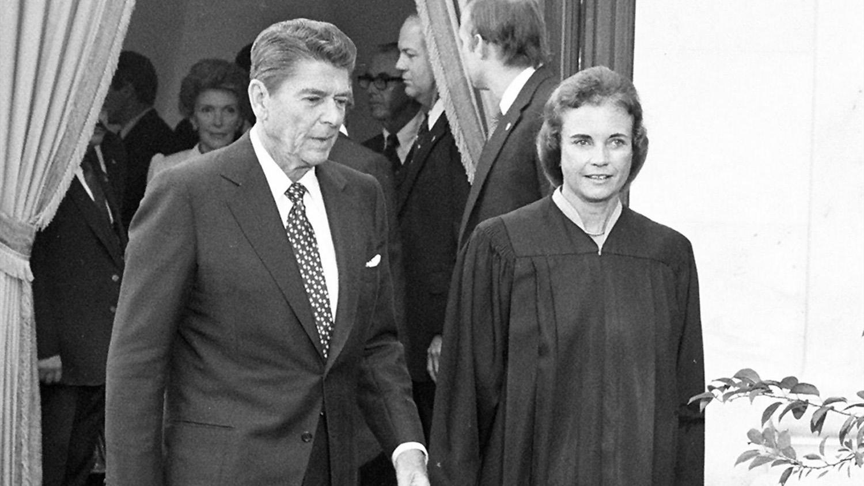 Ronald Reagan and Sandra Day O'Connor_333566