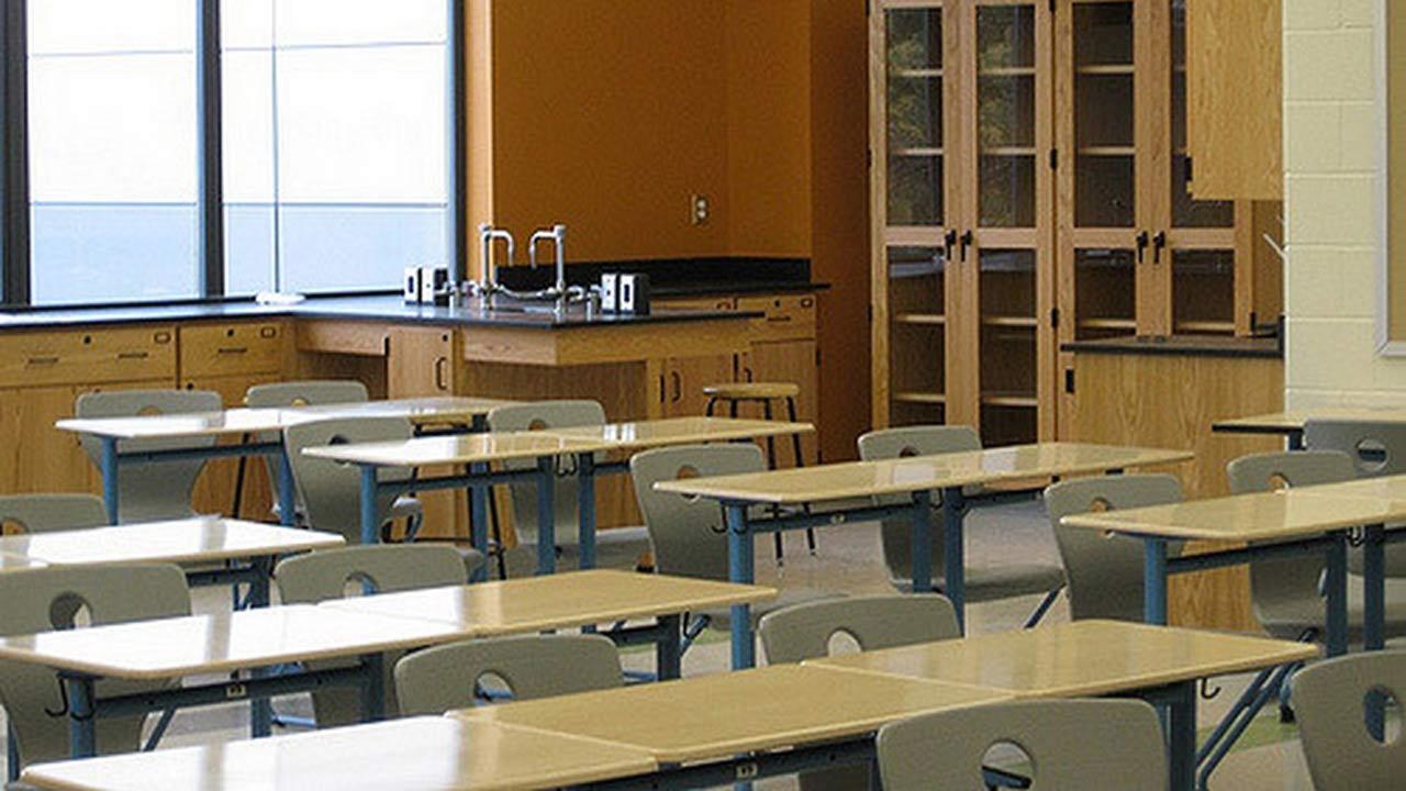 generic-classroom_342063