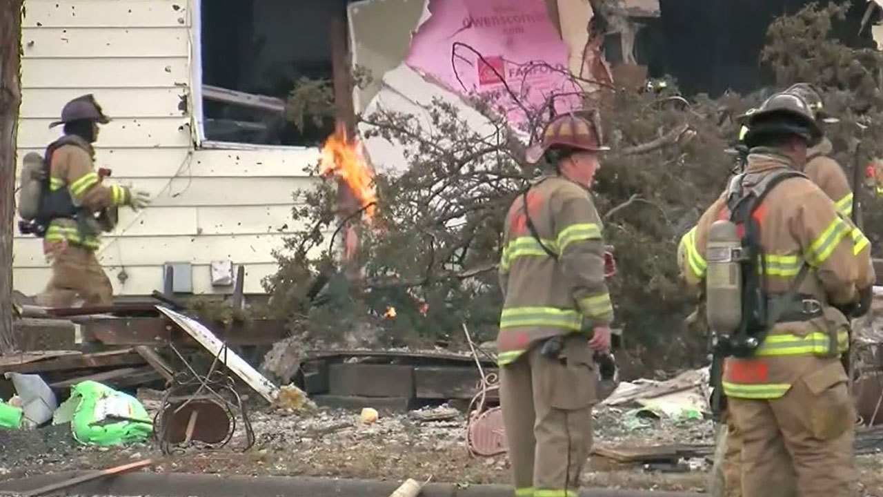 Authorities continue to investigate house explosion in Minnesota