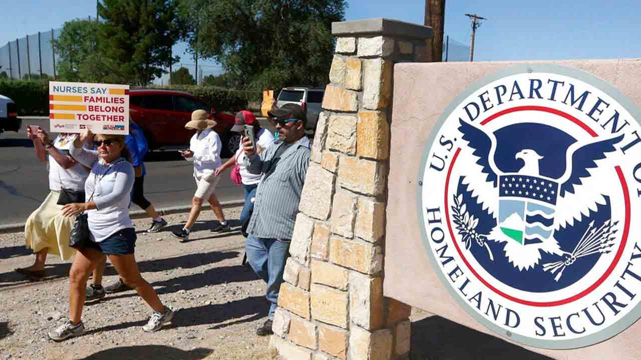 U.S. Immigration and Customs_1550269682481.jpg.jpg